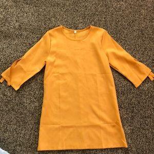 Dresses & Skirts - Mustard quarter sleeve dress
